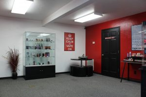 Juicy's Vapor Lounge Topeka East